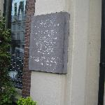plaque commemorating the attempt to destroy the registry of jewish residents. not part of museum