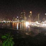 De noche, increible la vista desde el cuarto