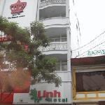 Linh Hotel exterior