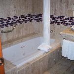 Jacquzzi tub