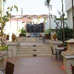 Way to pool - outdoor seating for restaurant