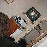 chambre (première pièce, avec futon et télé)