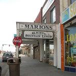 Marion' soda fountain