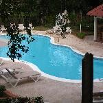piscine près de notre chambre