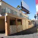 Motel Side