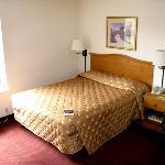Homestead Memphis - Bed Area