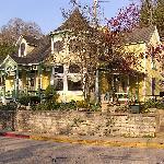 Daffodil Cottage