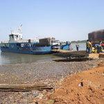 ferry to Janjangbureh Island (old names: Georgetown on McCarthy Island)