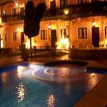 Les chambres vues du coin piscine