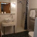 Coté Salle de bain (douche et WC)