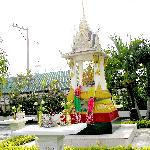 little buddhist prayer place in front of the hotel