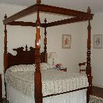 Four poster!