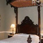 General Forrest Bed