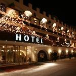 Frontside Hotel before Horsesledge ride