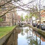 Street/Canal