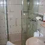 Wartburg Guest Bathroom