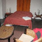 triple room (single bed on the other wall)