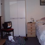 another three-bedded room