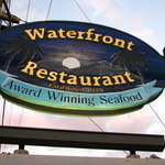 Waterfront Restaurant Foto
