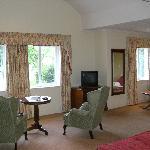 Room 212 - Lake View Room