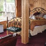 Bed - cabin4