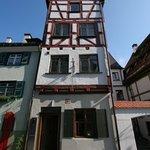 Das Schmale Haus - front entrance