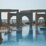 La piscine vue carte postale