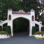 Madrona Manor Entrance