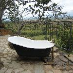 Outdoor tub in kid's cottage