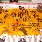 Golden Avenida cake 2008