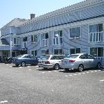 Sea Coast Inn Outside