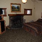 Sylvan Lake Lodge cabin sleeping area