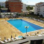 Minichoro pool