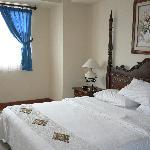 deluxe suite, bedroom