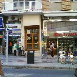 Photo de Avenida Apartments
