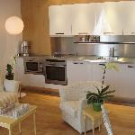 Communal selfcatering kitchen + lounge + internet