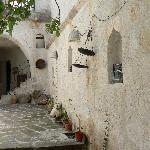 Inviting entrance to Katpatuka Cave Hotel