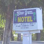 The sign along Old Hwy 99
