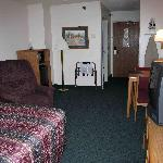 Days Inn Madison Room 209