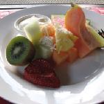 Devine Breakfast fruit plate