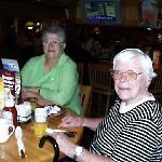 Margaret and Elaine at breakfast in Applebee's