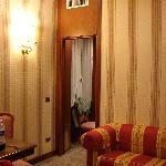 Pasillo entre el dormitorio y el salon-cocina