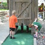 Cutest Mini Golf Hole! Kids couldn't believe it!