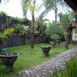 The garden area at Puri Mango