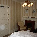 Sunnyledge.  Nice room.