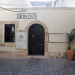 Dionysos Restaurant-Bar