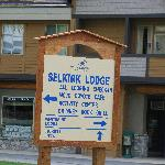 Selkirk Lodge Sign