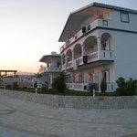 Gogas Palace Hotel (sunset)