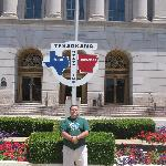Civilengtiger @ Texas/Arkansas state line sign