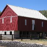 The Amish Barn